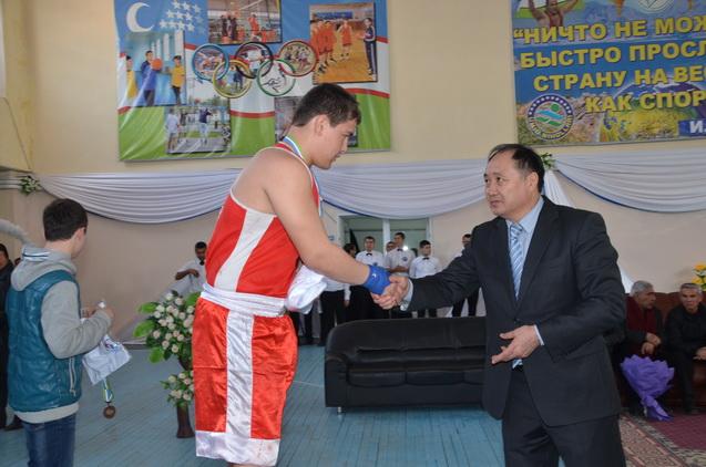 Uzbek Junior 01